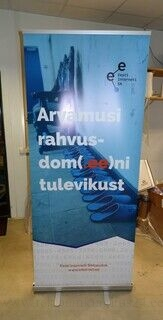 Roll up stend - Eesti Interneti SA